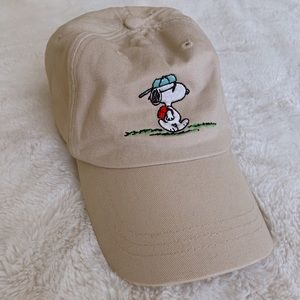 Joe Cool from Peanuts UO hat